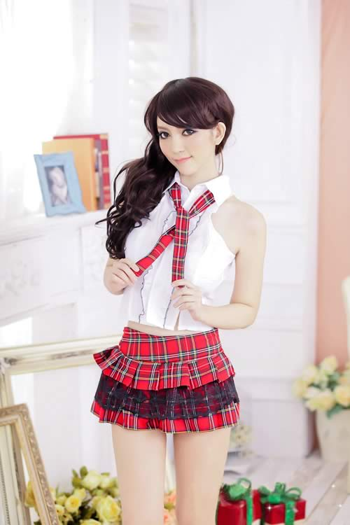 Eye-catching School Girl Costume with Plaid Skirt