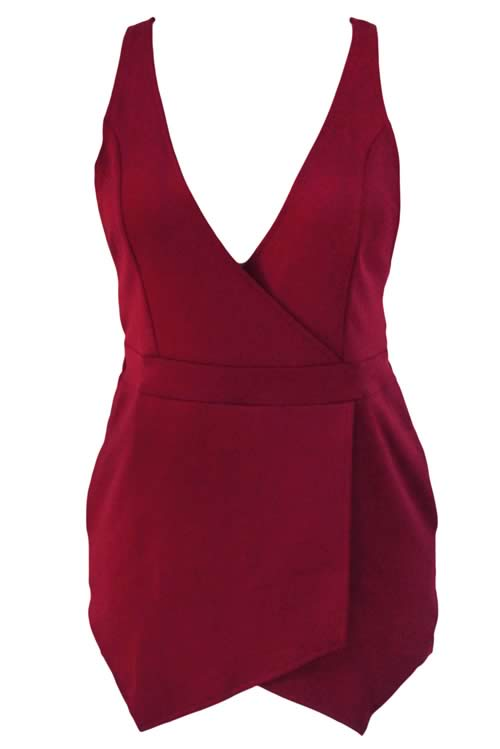 Sleeveless V Neck Cross Back Short Romper in Red