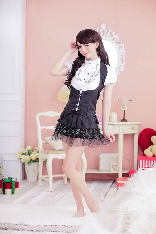 Halloween Noble Office and School Girl Costume in Black