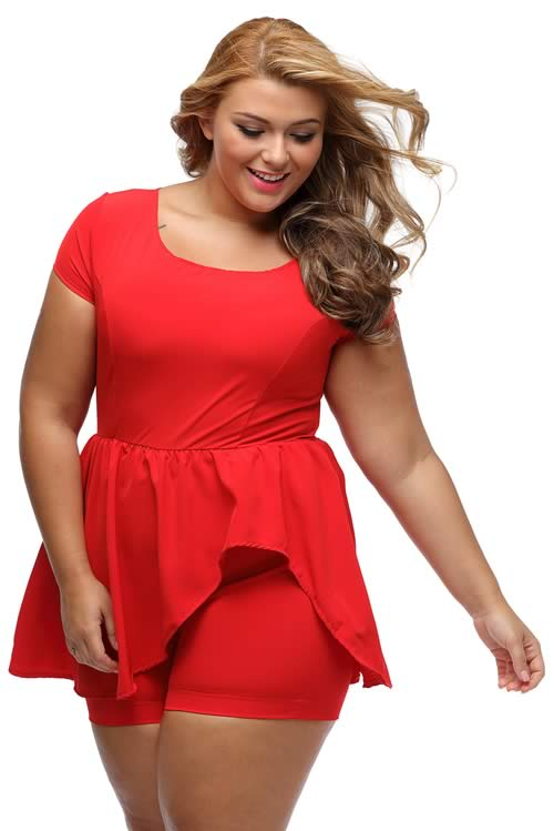 Plus Size V Neck Short Sleeve Back Zipper Peplum Romper in Red